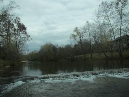 Cyclone dam